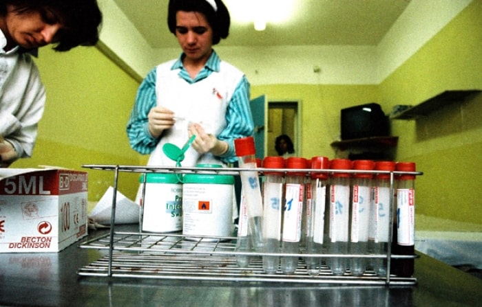 This is the first round of blood testing for the 360 children which took place in 2002. Kate Holt.