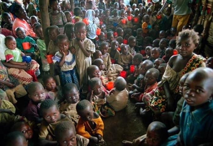 Children in an IRC supplementary feeding centre in South Kivu.